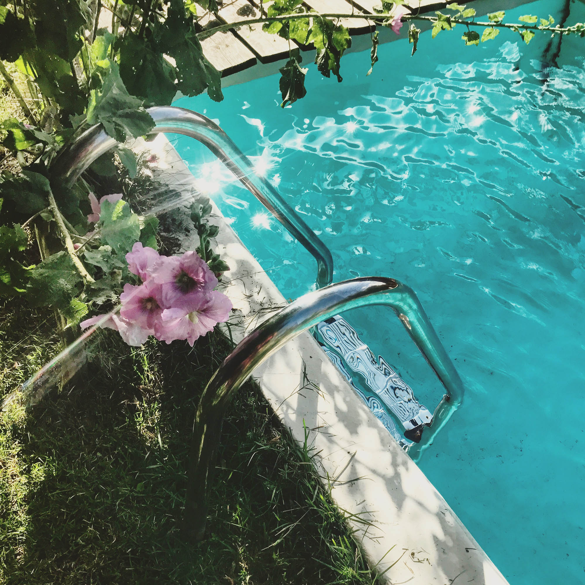 Carre-Echelle-piscine